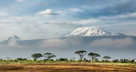Вулкан Килиманджаро + заповедники Нгоронгоро иТарангире