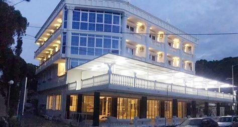 Hotel Ujvara