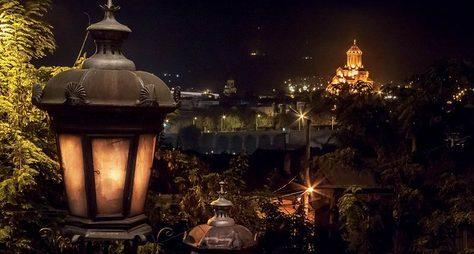 Тбилиси— магия вечернего города