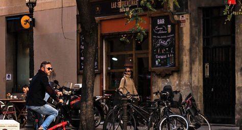 Барселона навелосипеде: отготики досовременности