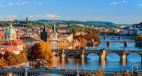 Прага счувством, столком, срасстановкой