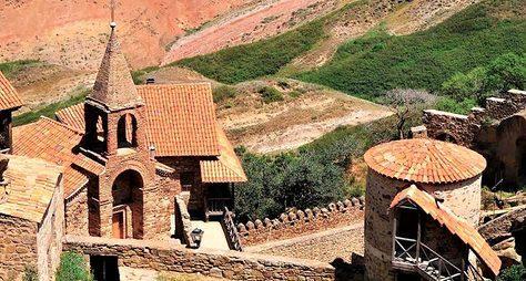 Давид-Гареджи: монастыри, пещеры ипустыня
