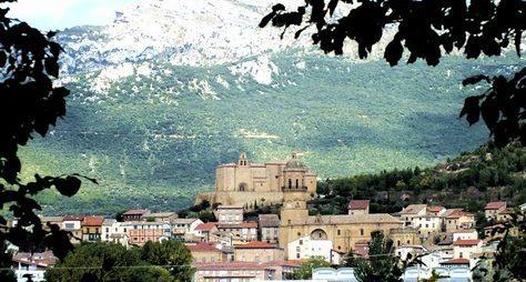 Чарующая Риоха иеесредневековые города-крепости