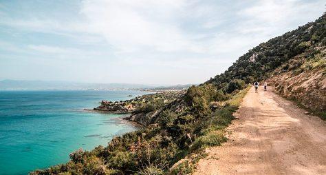 Горный треккинг позаповедному Кипру